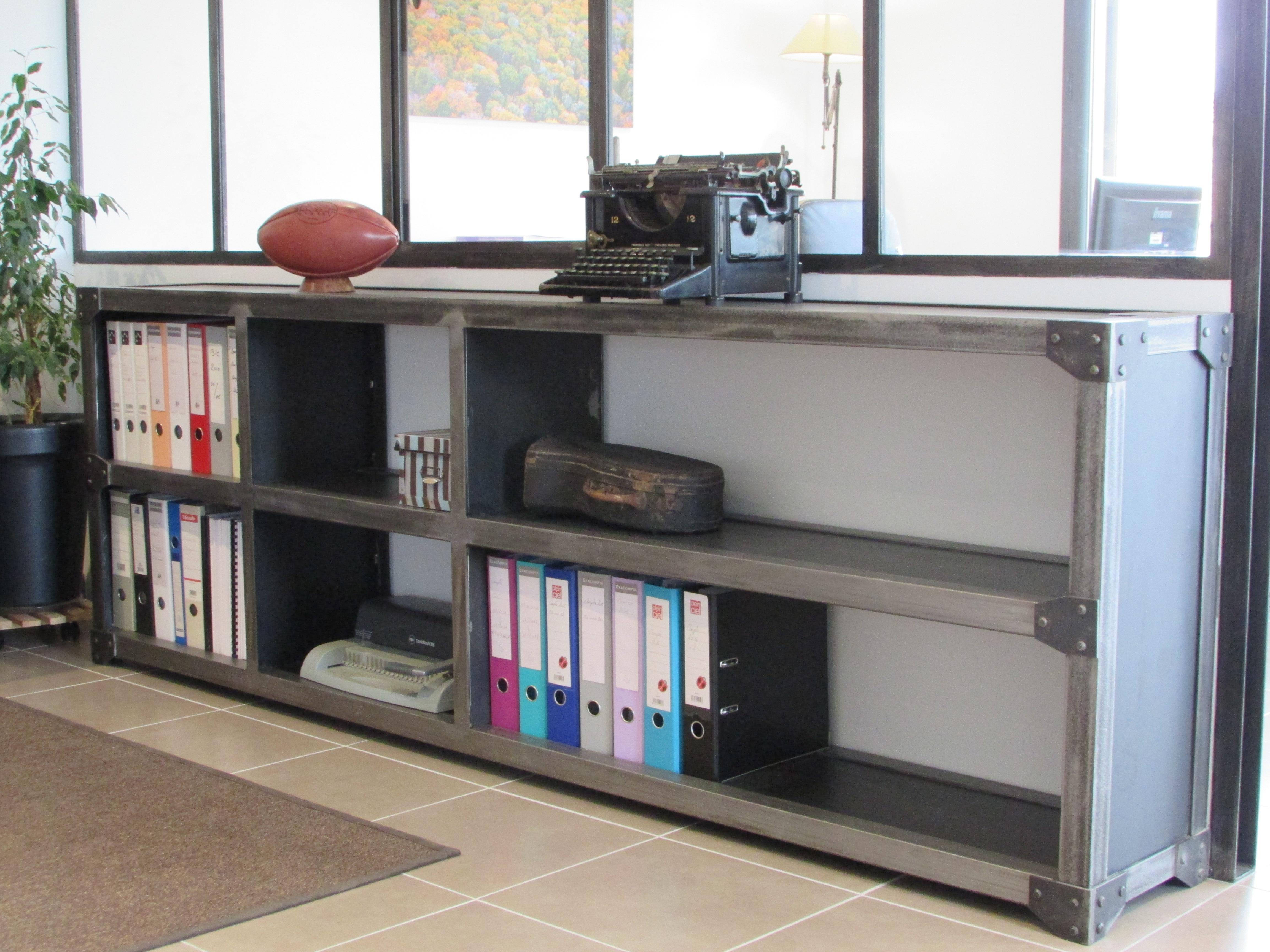 Bureau et meuble à classeurs style industriel ferronnerie